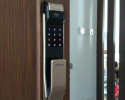 Lắp khóa điện tử, khóa vân tay tại chung cư Green Star, Thái Hà, Sunny Plaza Phạm Văn Đồng, Hà Nội