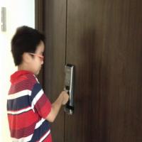 Lắp khóa cửa vân tay, khóa điện tử tại Mandarin Hoàng Minh Giám-Nguyễn Thị Thập