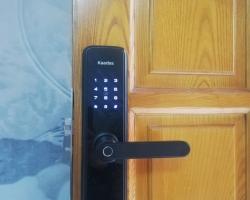 Khóa cửa vân tay Kaadas- Khóa cửa vân tay cho chung cư hiện đại