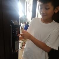 Dịch vụ lắp khóa cửa vân tay tại Hà Nội