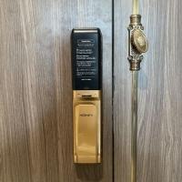 Ưu điểm lớn nhất để khách hàng chọn mua khóa cửa vân tay Hione