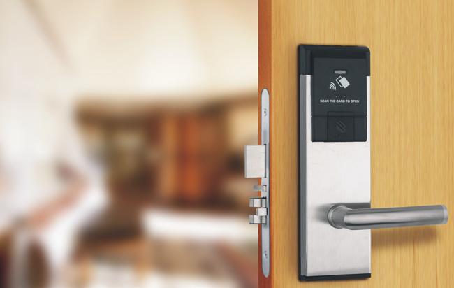 Nguyên nhân khóa cửa từ thông minh khách sạn hay gặp trục trặc do nhiều yếu tố