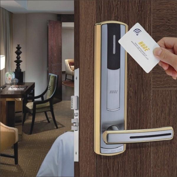 Trước khi quyết định lắp đặt khóa điện tử cho khách sạn thì hãy cân nhắc các yếu tố kĩ thuật