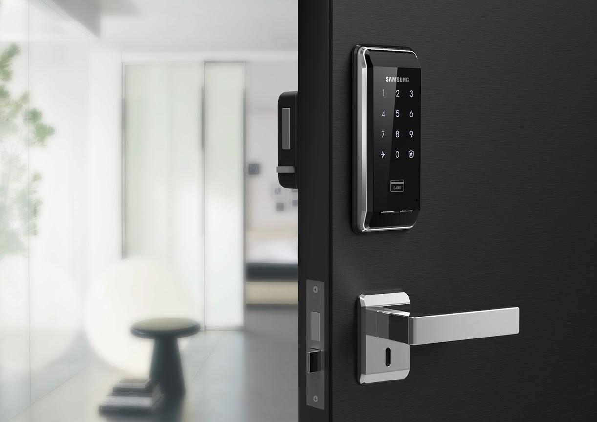 Khóa cửa thẻ từ thông minh thường được sử dụng trong văn phòng, khách sạn, villa, khu nghỉ dưỡng