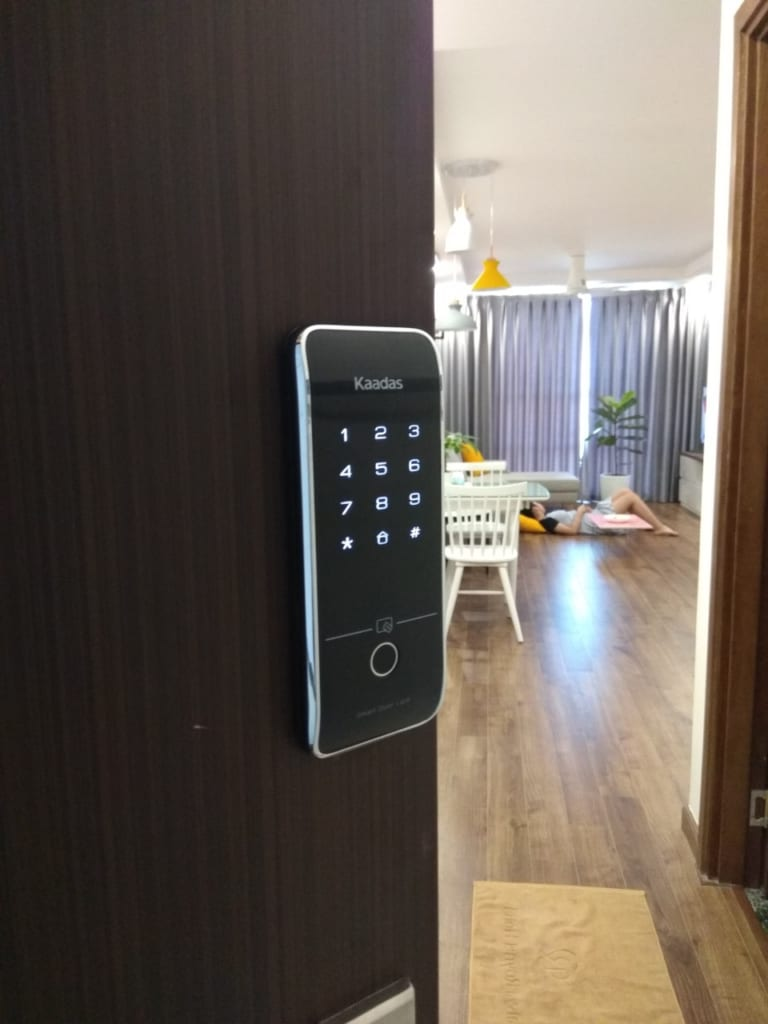 Lắp khóa cửa điện tử Kaadas tại tòa Vinaconex2