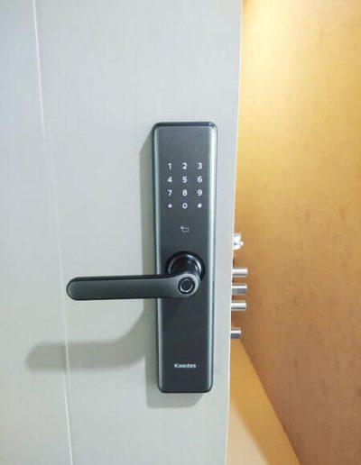 Lắp đặt khóa điện tử Kaadas S7 tại Hoàng Mai