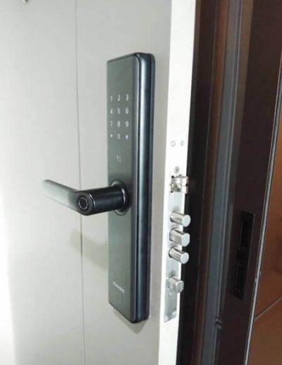Lắp đặt khóa cửa vân tay Kaadas S7 tại Hà Đông