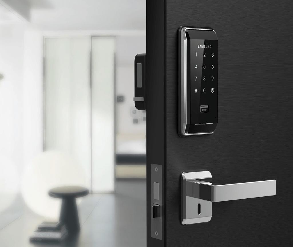 Có nên dùng khóa cửa thông minh lắp cho nhà ở hay không?