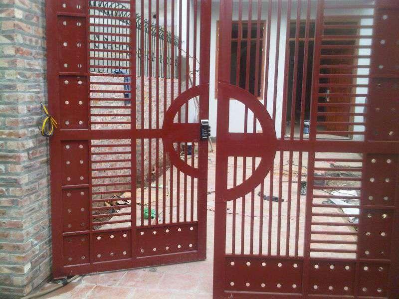 Chọn khóa điện tử cổng sắt có độ bền cao