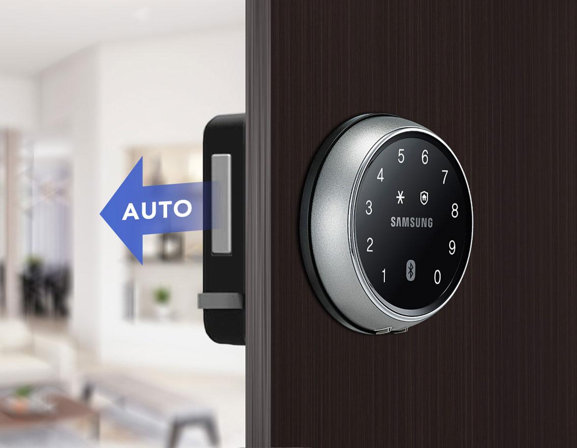 So sánh khóa cửa không tay nắm và khóa cửa có tay nắm